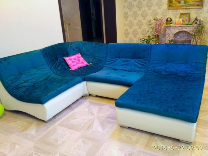 П-образный модульный диван Монреаль в интерьере