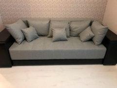 фотографии дивана Дубай с полкой в подлокотнике